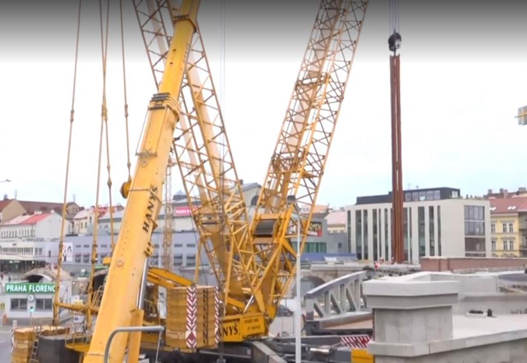 Na pokračující rekonstrukci Negrelliho viaduktu